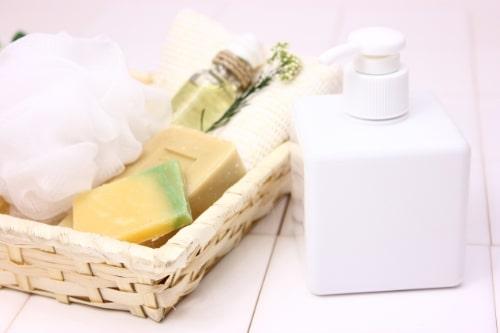 クレジングオイル手を洗う