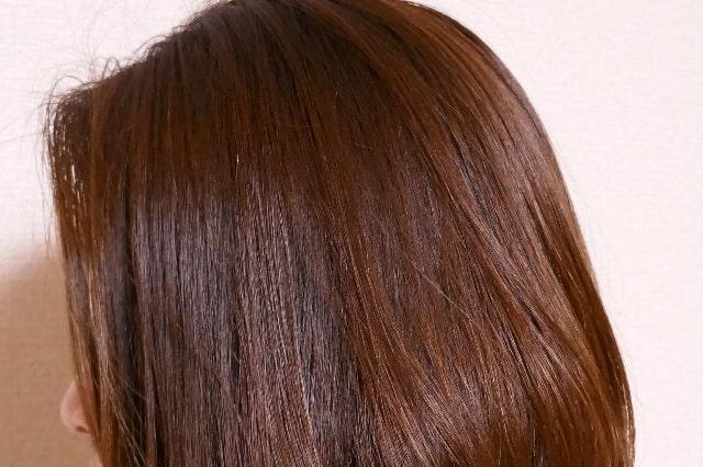 使用後の髪横